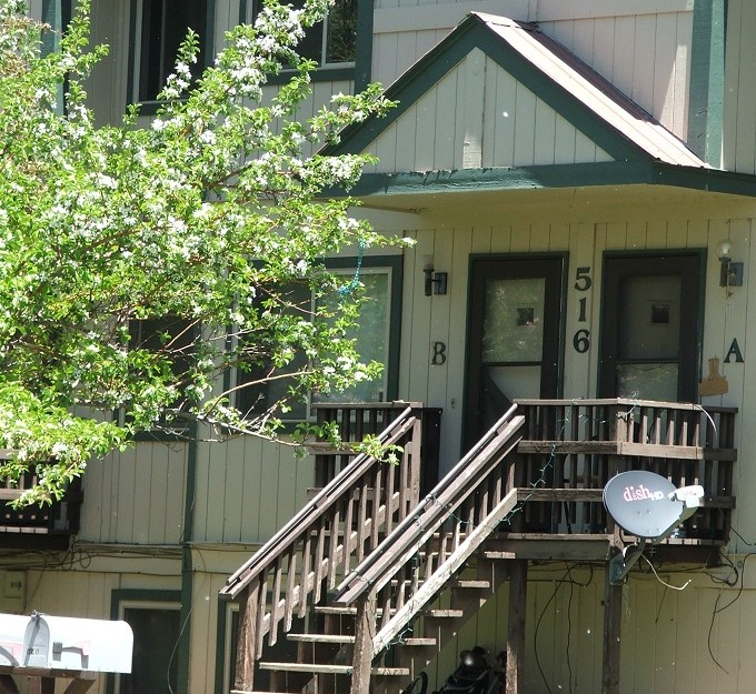 516 N 14th Street Unit B Available beginning of July.